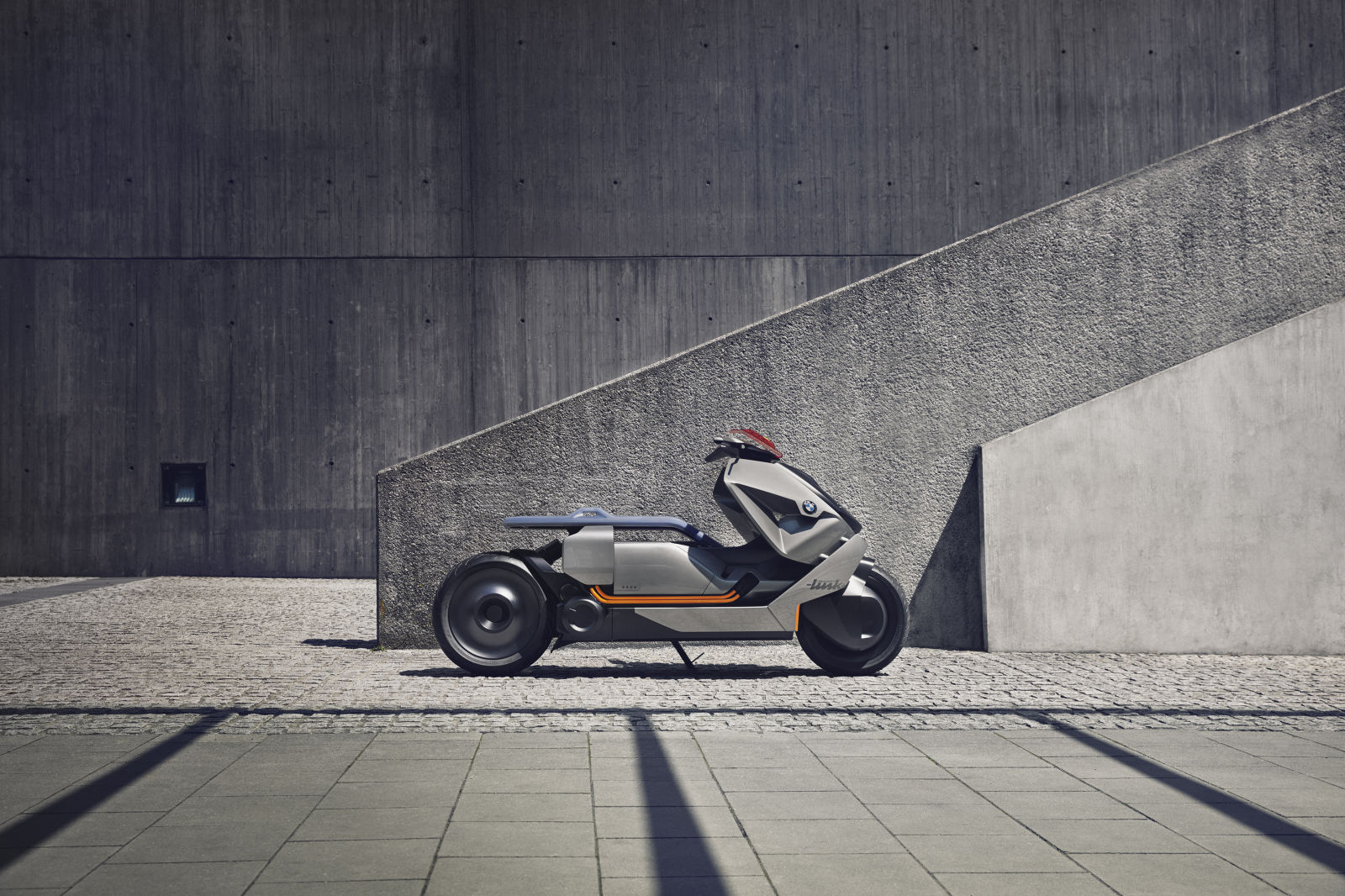 2017-frankfurt-BMW-Motorrad-koncept- (4)