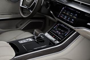 2018-Audi-A8-L- (10)