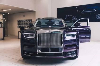 2018-Rolls-Royce-Phantom-Purple-14