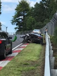 olejova-skvrna-nurburgring-nehoda-video-12
