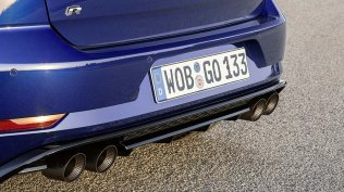 volkswagen-golf-r-performance- (6)