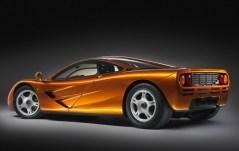 05-McLaren-F1-2