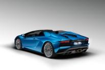 Lamborghini-Aventador-S-Roadster_06