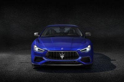 Maserati-Ghibli-GranSport-MY18-front-hero