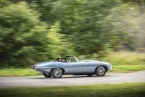 jaguar-y-type-zero-elektromobil- (2)
