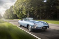 jaguar-y-type-zero-elektromobil- (3)