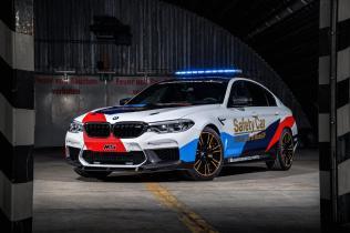 2017-BMW-M5-MotoGP-Safety-Car- (11)