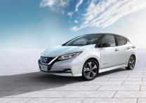2018-Nissan-leaf