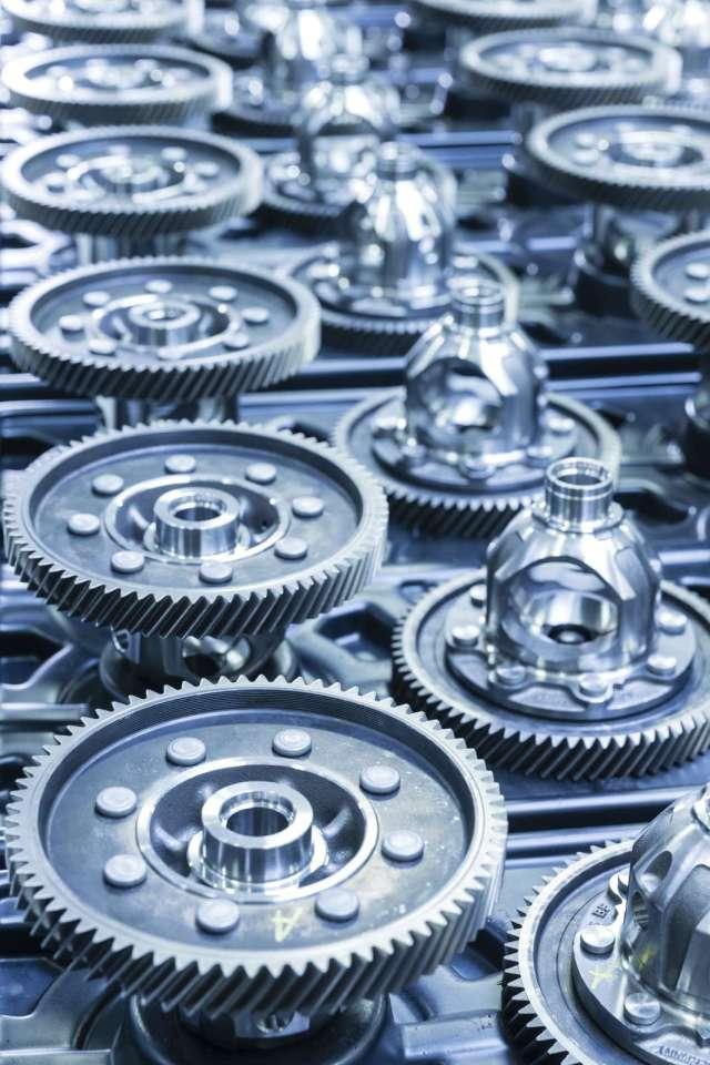 SKODA-AUTO-produces-10-millionth-gearbox