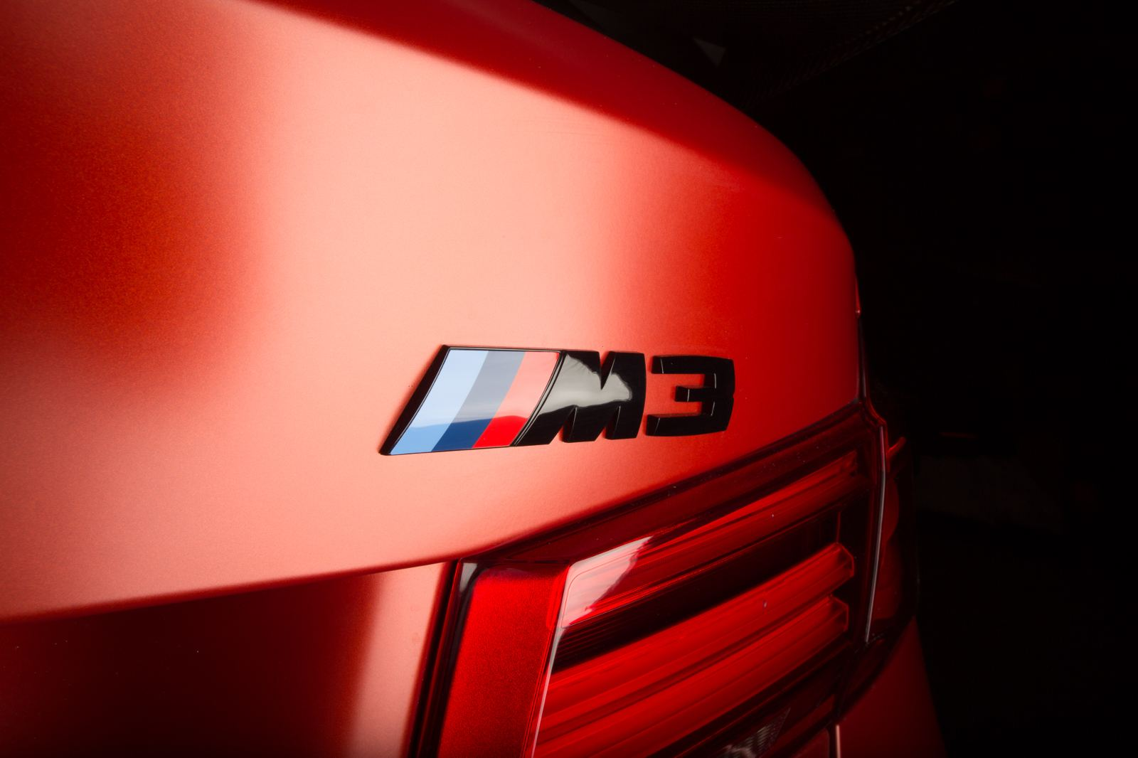2018-BMW-M3-30-Years-American-Edition- (4)