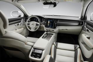 Volvo-V90-Cross-Country-Ocean-Race- (10)