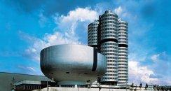 BMW-Mnichov-budova