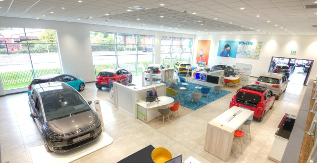 CITROEN SHOWROOM_UK8Manchester_INTERIEUR