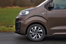 Test-Citroen-SpaceTourer-XL-20-BlueHDi-180k-EAT6- (12)