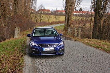 Test-Peugeot-308-SW-20-blueHDi-150-EAT6- (1)