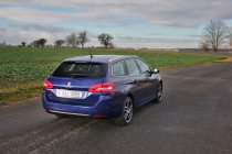 Test-Peugeot-308-SW-20-blueHDi-150-EAT6- (15)