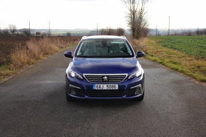 Test-Peugeot-308-SW-20-blueHDi-150-EAT6- (9)