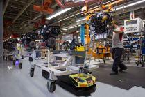 roboty-v-tovarne-seat- (2)