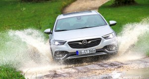 Opel-Insignia-Country-Tourer- (4)