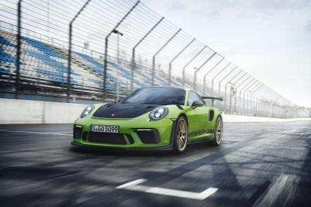 Porsche-911-GT3-RS-4-1