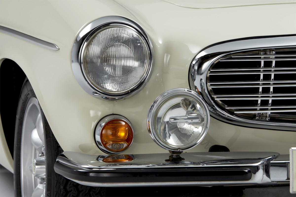 1967-Volvo-P1800S-ST1-ze-serialu-The-Saint-Roger-Moore- (8)