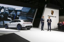 2018-zeneva-Porsche-Mission-E-Cross-Turismo- (3)