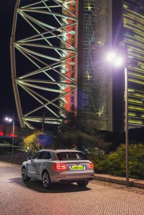 Bentley-Bentayga-Hybrid- (10)