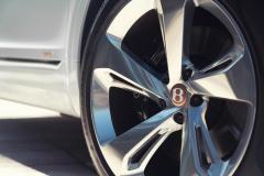 Bentley-Bentayga-Hybrid- (14)
