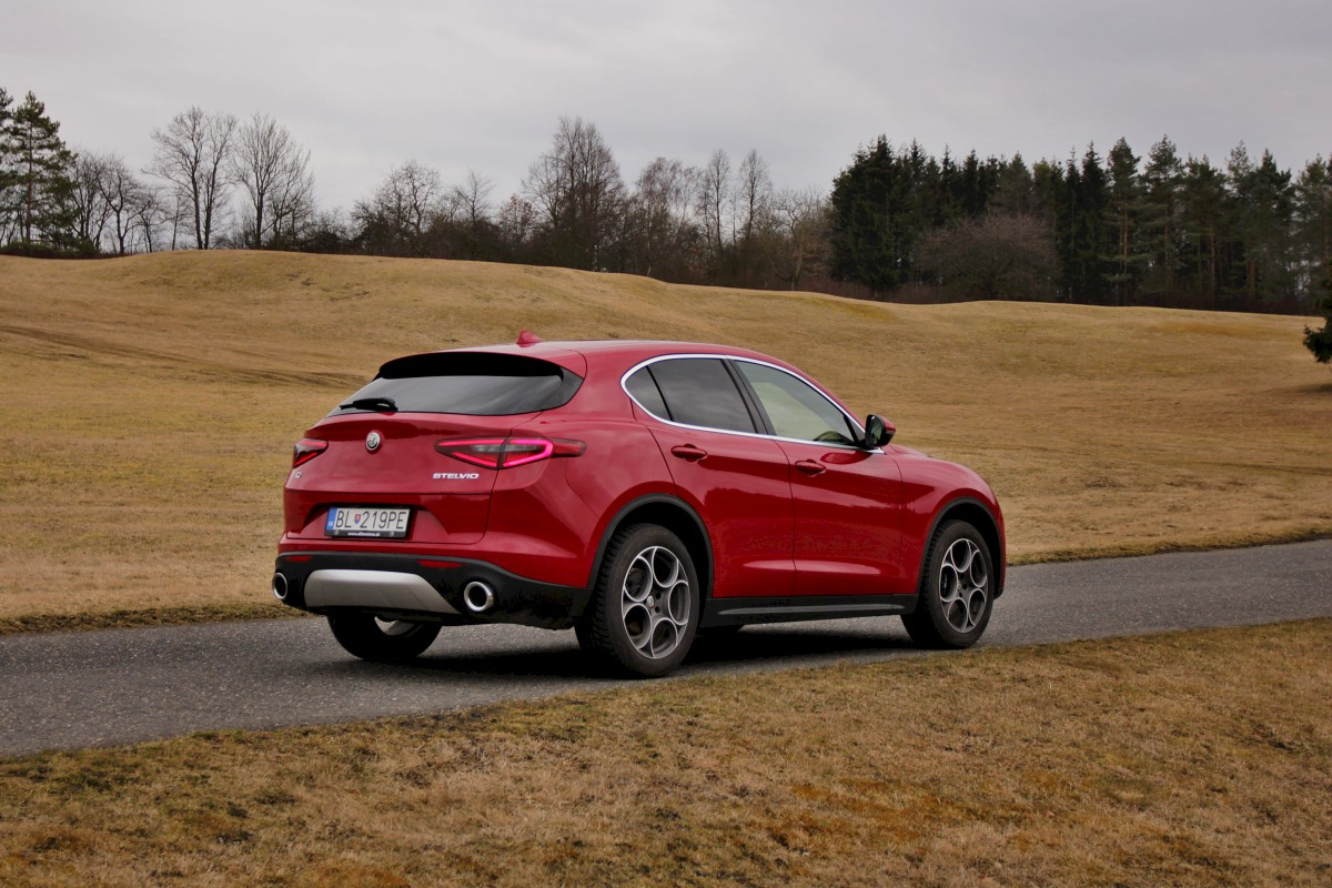 Test-Alfa-Romeo-Stelvio-22D-MultiJet-210k-Q4-Super- (7)