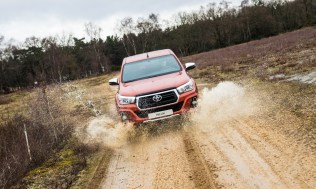 Toyota-Hilux-2018-special-edition- (22)