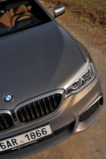test-2018-bmw-m550d-x-drive-touring- (16)
