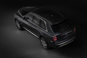 2018-Rolls-Royce-Cullinan- (11)