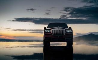 2018-Rolls-Royce-Cullinan- (12)