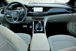 Test-Opel-Insignia-Country-Tourer-20-BiTurbo-CDTI-154-kW-AT8-4x4- (25)
