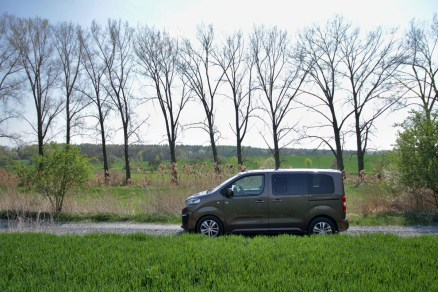 Test-Peugeot-Traveller-20-BlueHDi-150-4x4-Dangel- (4)