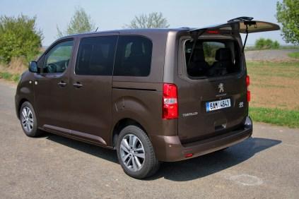 Test-Peugeot-Traveller-20-BlueHDi-150-4x4-Dangel- (41)
