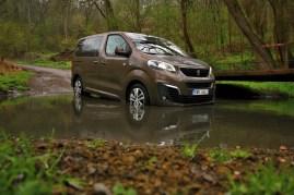 Test-Peugeot-Traveller-20-BlueHDi-150-4x4-Dangel- (8)