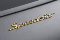 2018-Porsche-911-Speedster-Concept-oslava-70-let- (14)