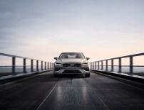 2019-Volvo-S60- (7)