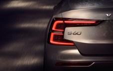 2019-Volvo-S60- (9)