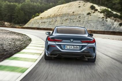 2019-bmw-rady-8-coupe- (12)