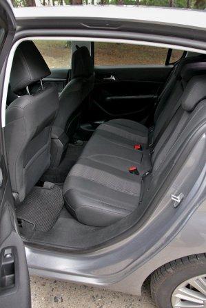 Test-Peugeot-308-15-BlueHDi- (30)
