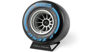 Pirelli-P-Zero-Sound-bluetooth-reproduktor- (11)