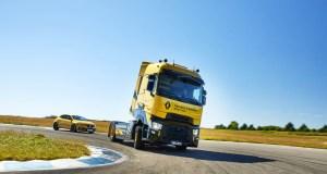 Renault T High Renault Sport Racing