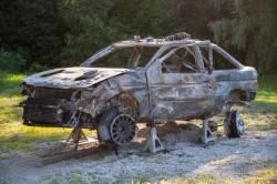 ken-block-ford-escort-rs-cosworth-po-pozaru-02