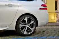 test-2018-peugeot-308-sw-gt-20-bluehdi-at- (5)