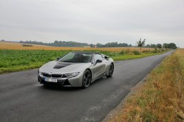 test-bmw-i8-roadster-09