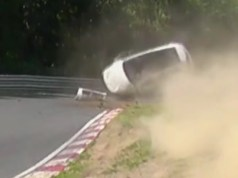 volkswagen.scirocco-nehoda-nurburgring-video
