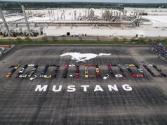 10 Millionth Mustang formation