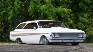 monterey-car-week-2018-chevrolet-impala-restomod-aukce